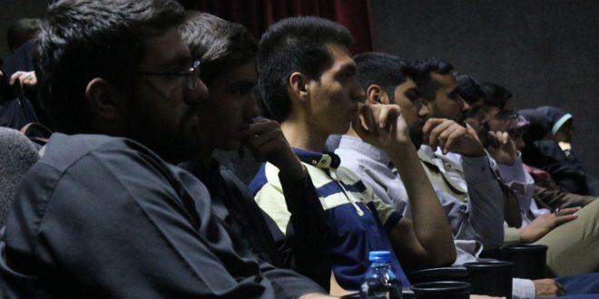 اکران مستند تهران دمشق